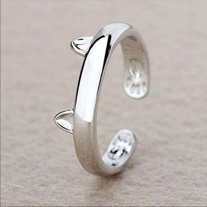 Jewelry - NEW - SILVER PLATED ADJUSTABLE CAT RING MIDI